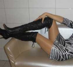 Ich liebe schwarze Stiefel